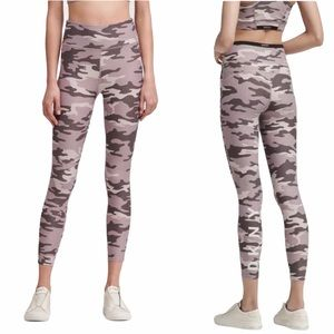DKNY High-waisted Camo-print Logo LEGGINGS XL